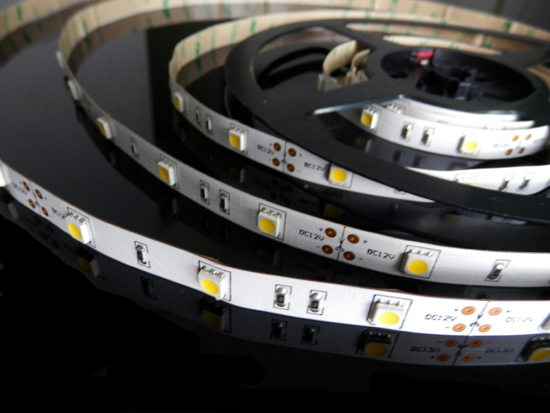 Flexible LED Strips:  LR2002(smd5050 60leds)